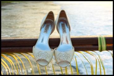 Details of Honeymoon Photos