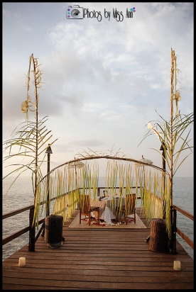 Bali Honeymoon Ayana Resort Private Jetty Pesta Lobster Dinner