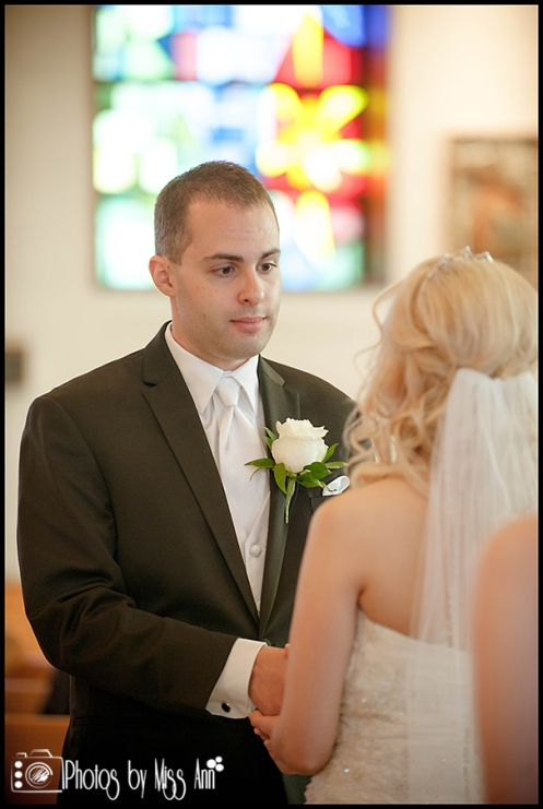 St. Pius X Catholic Church Wedding Southgate Mi Wedding Photographer Photos by Miss Ann-4
