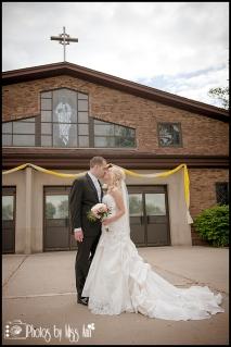 Wedding at St. Pius X Catholic Church Wedding Southgate Mi Wedding Photographer Photos by Miss Ann