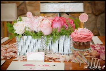 Ombre Rose Centerpiece with Ombre Cupcakes for Bachelorette Party Iceland Wedding Planner