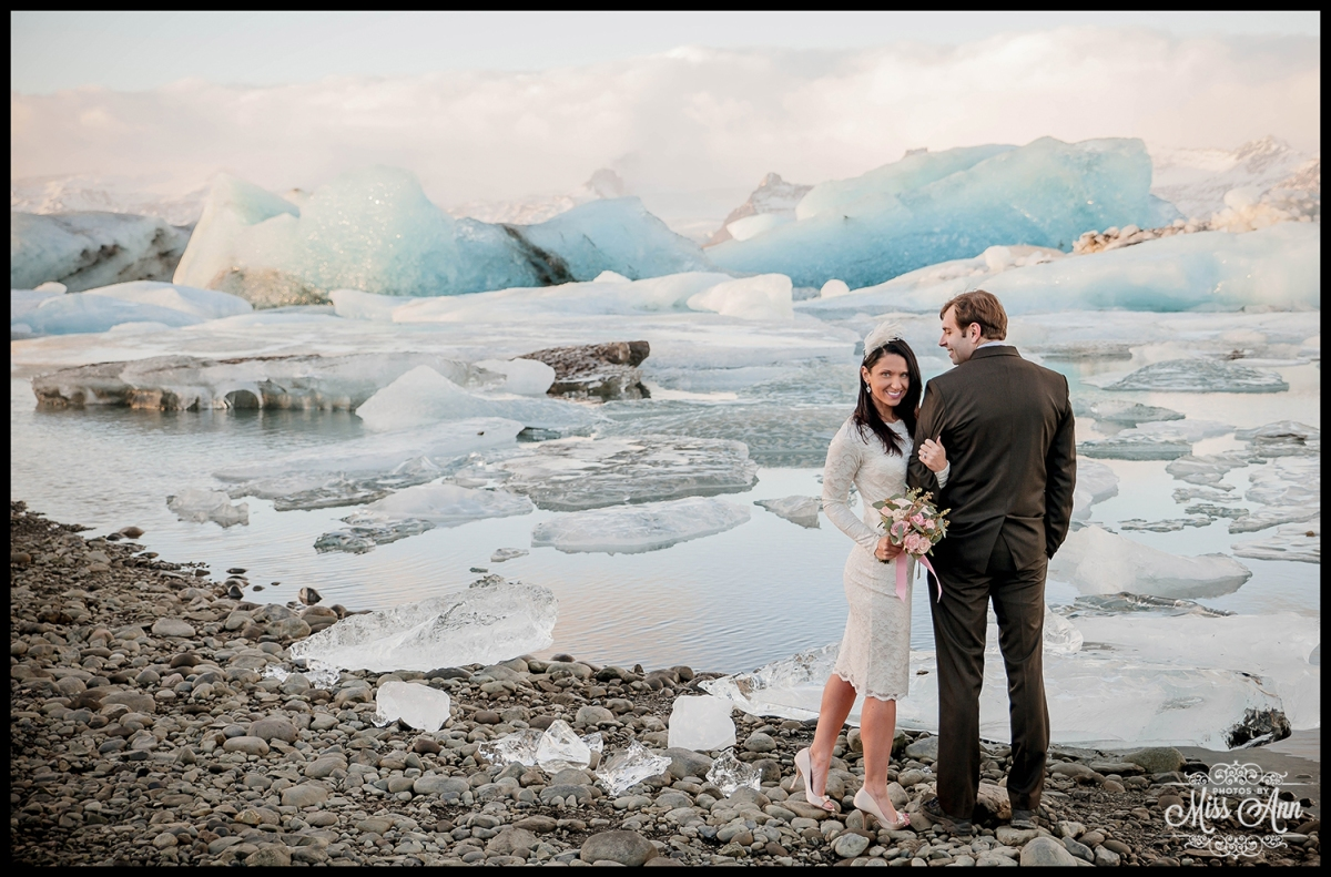 Iceland Wedding Anniversary At J 246 Kuls 225 Rl 243 N Glacier Lagoon Iceland Adventure Weddings