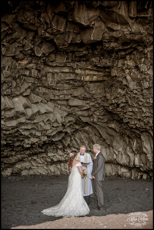 Iceland Wedding Photographer Reynisfjara Beach Wedding