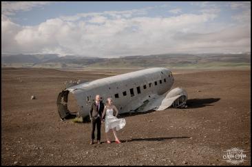 Iceland Wedding Photos Crashed Airplane-6