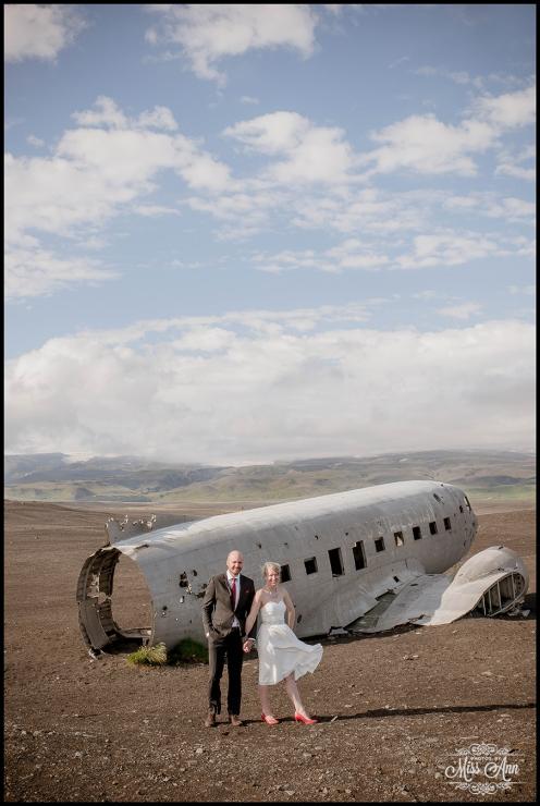 Iceland Wedding Photos Crashed Airplane-7