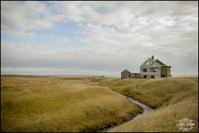 Iceland Pre Wedding Session on the Snaefellsnes Peninsula Abandoned House -3