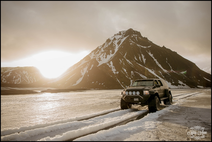 Iceland Wedding Adventure Weekend Super Jeeps