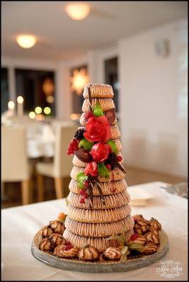 Iceland Wedding Photos Cake