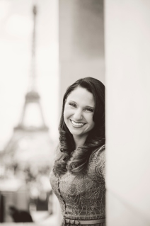 Eiffel Tower Portrait Session