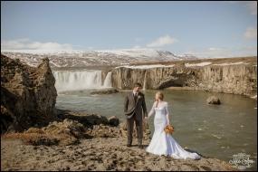 Iceland Wedding Photographer Godafoss Waterfall-11