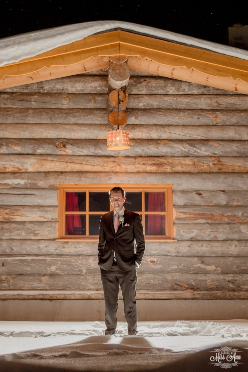Winter Wedding Groom Photos