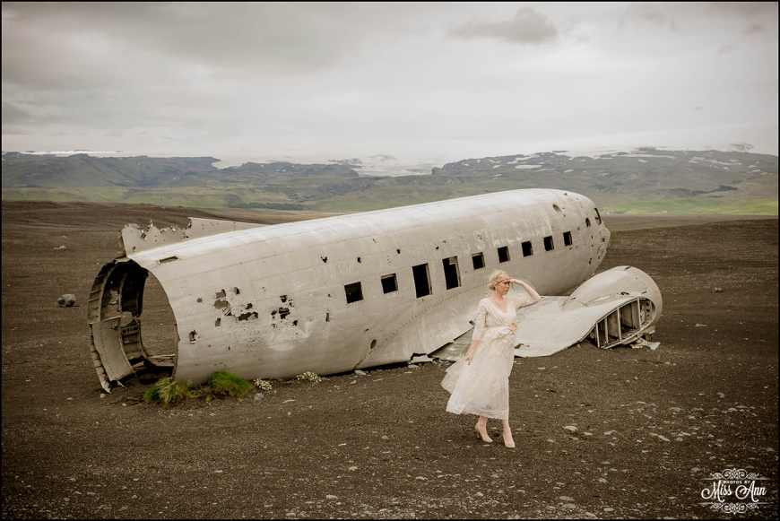 Iceland Wedding at Crashed Airplane