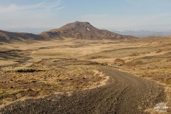 Iceland Off Road Wedding - Iceland Wedding Planner