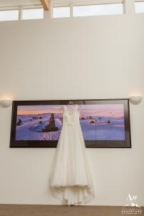 Adventure Wedding Dress - Iceland Wedding Planner