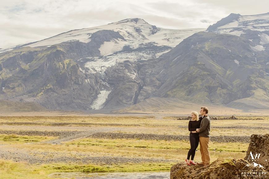 iceland-summer-wedding-proposal-iceland-esession