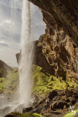 secreat-waterfall-pre-wedding-session-iceland