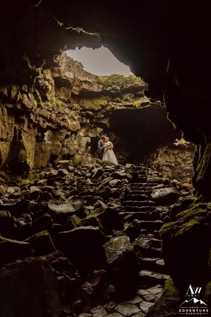 iceland-wedding-photographer-cave-wedding-12