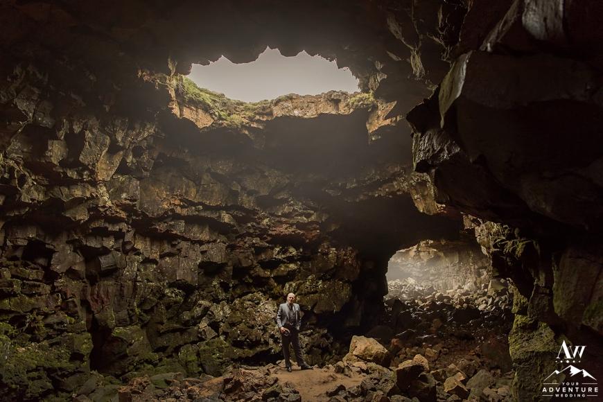 iceland-wedding-photographer-cave-wedding-16