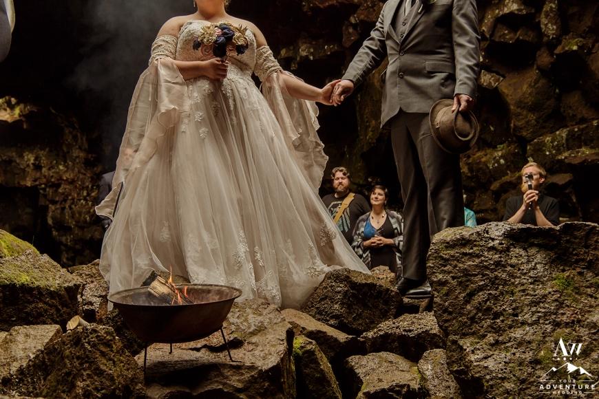 iceland-wedding-photographer-cave-wedding-4