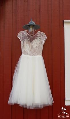 iceland-wedding-dress-rental-iceland-wedding-planner