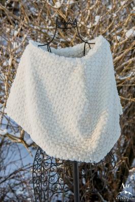 iceland-wedding-rental-bridal-shawl-wrap