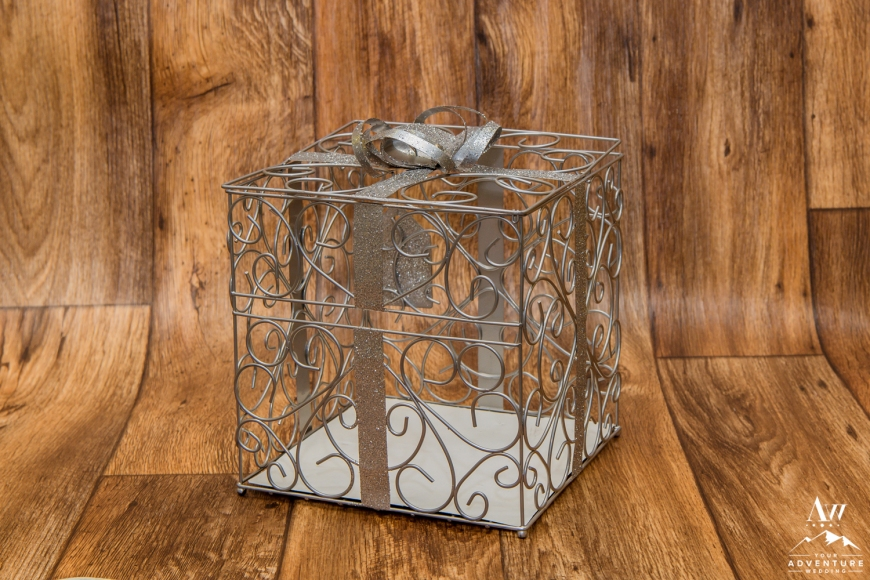 iceland-wedding-rental-card-box