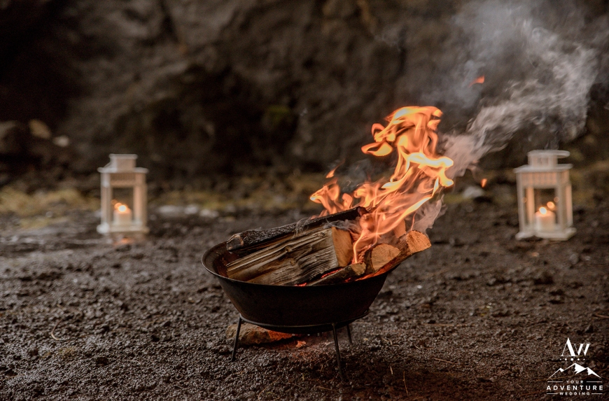 iceland-wedding-rental-firepit