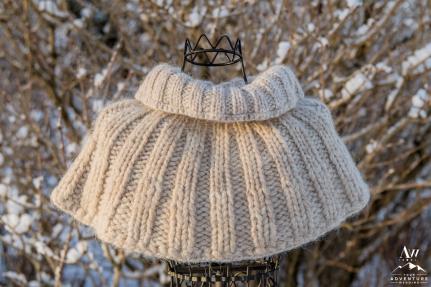 iceland-wedding-rental-hand-knit-bridal-jacket