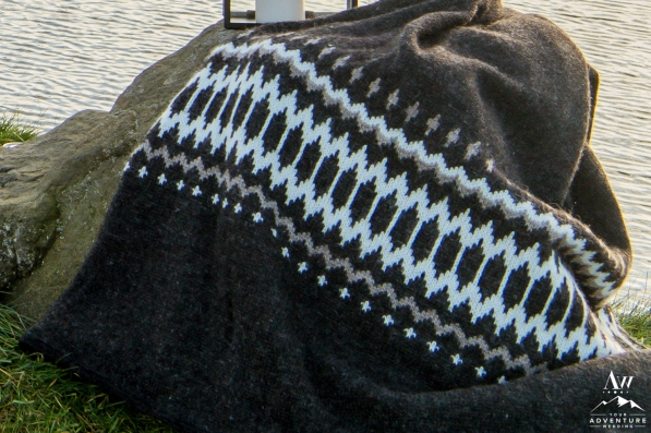 iceland-wedding-rental-icelandic-wool-blanket