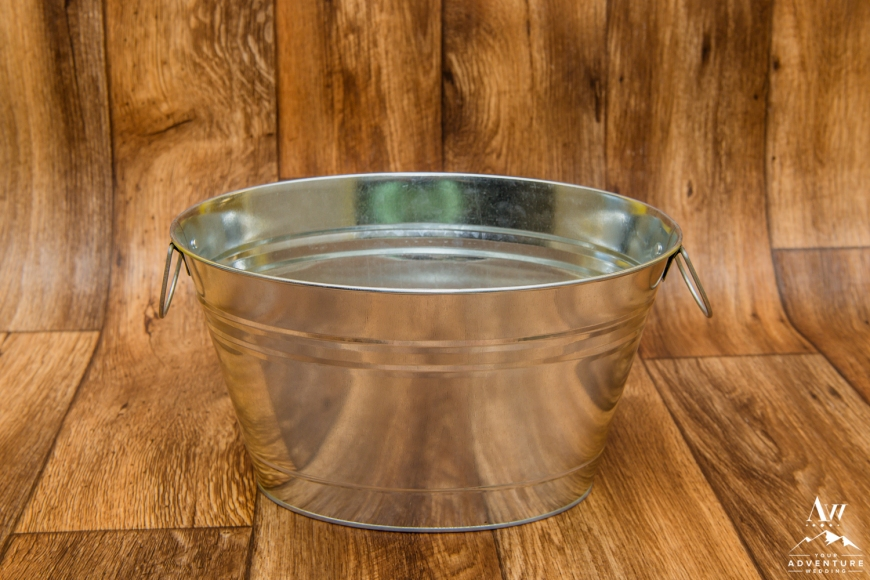 iceland-wedding-rental-large-silver-bucket