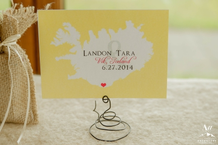 iceland-wedding-rental-metal-swirl-table-number-holder