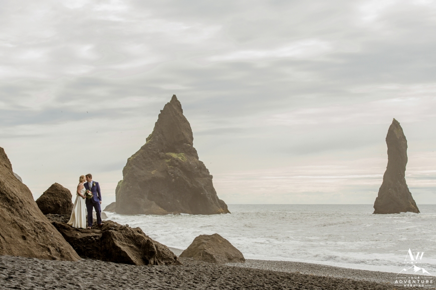 reynisfjara-beach-wedding-photos-iceland-wedding-planner