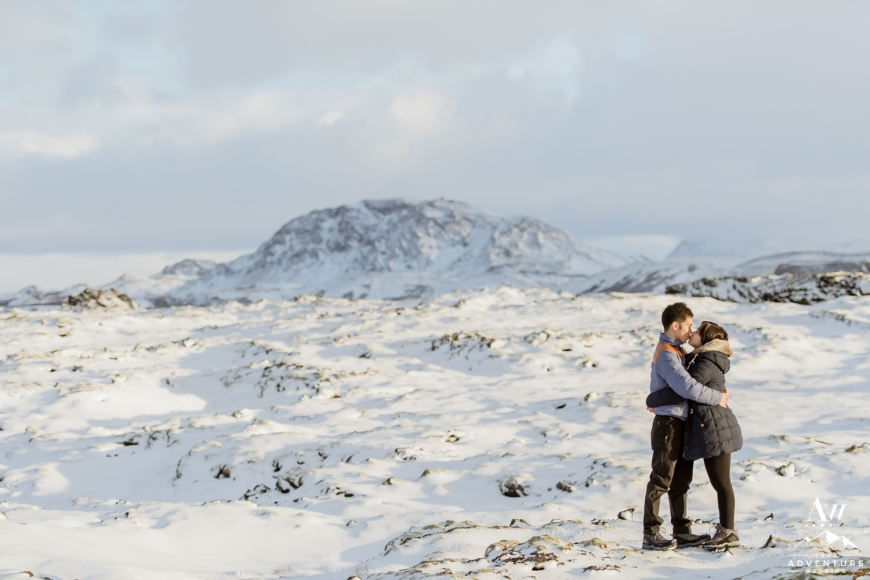 surprise-marriage-proposal-in-iceland-14