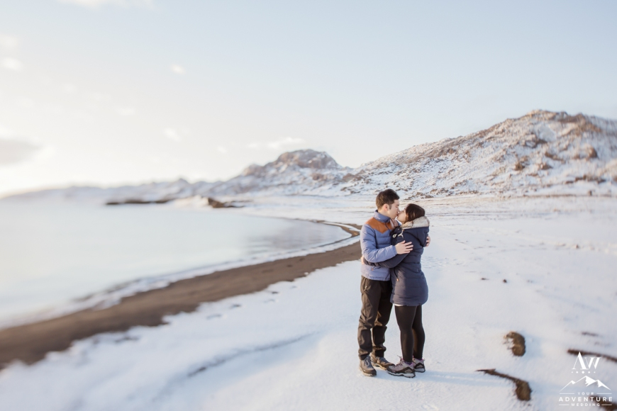 surprise-marriage-proposal-in-iceland-28