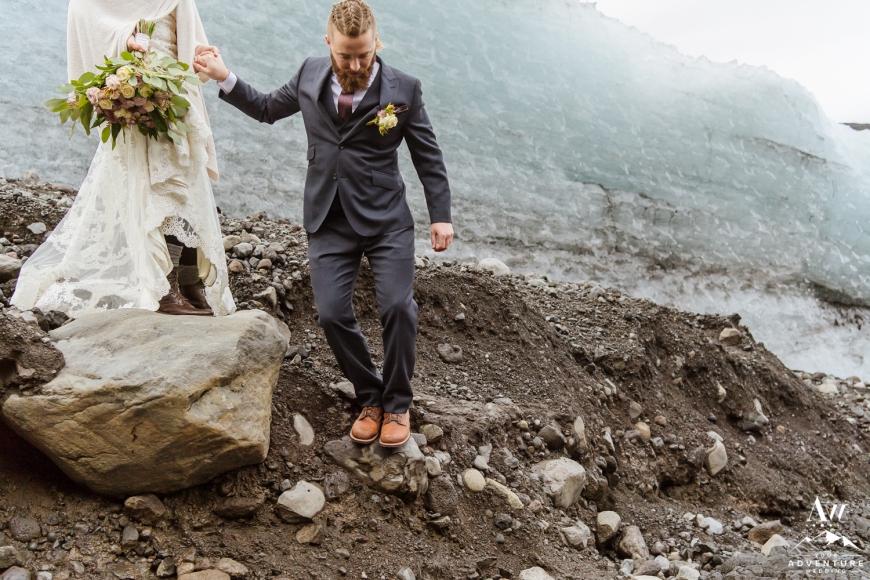iceland-elopement-photographer-iceland-wedding-planner-31