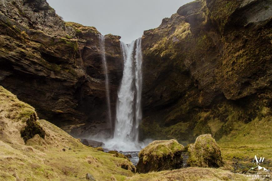 Iceland Wedding Photos - Iceland Elopement Planner-18