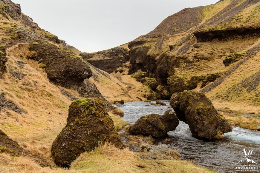 Iceland Wedding Photos - Iceland Elopement Planner-20