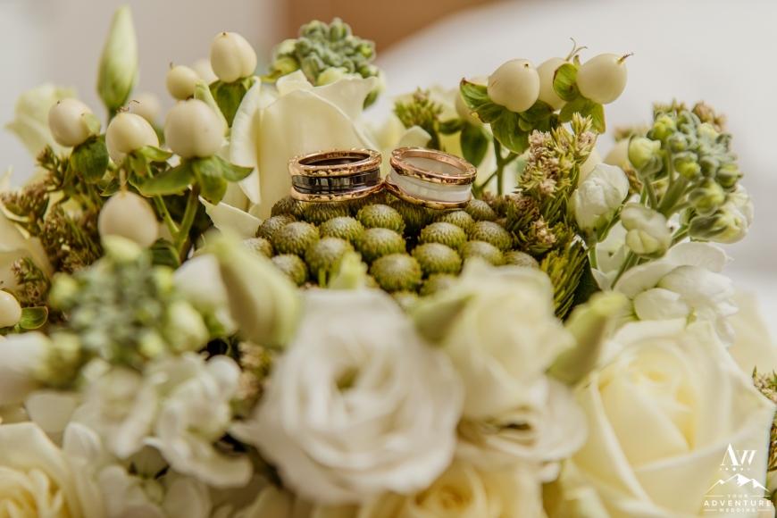 Iceland Wedding Photos - Iceland Elopement Planner-3